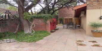O'Hanna's Guesthouse