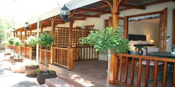 88 Baron van Reede Guest House