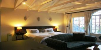 8 Landsdowne Bed & Breakfast