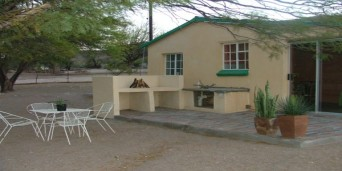 Rooiheuwel Holiday Farm, Beaufort West