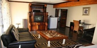 Nomndeni View Lodge