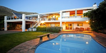 Atlantic Dream Beachfront Villa, Jeffreys Bay