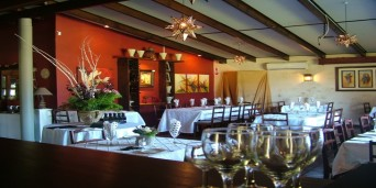 Damas Restaurant & Guest House